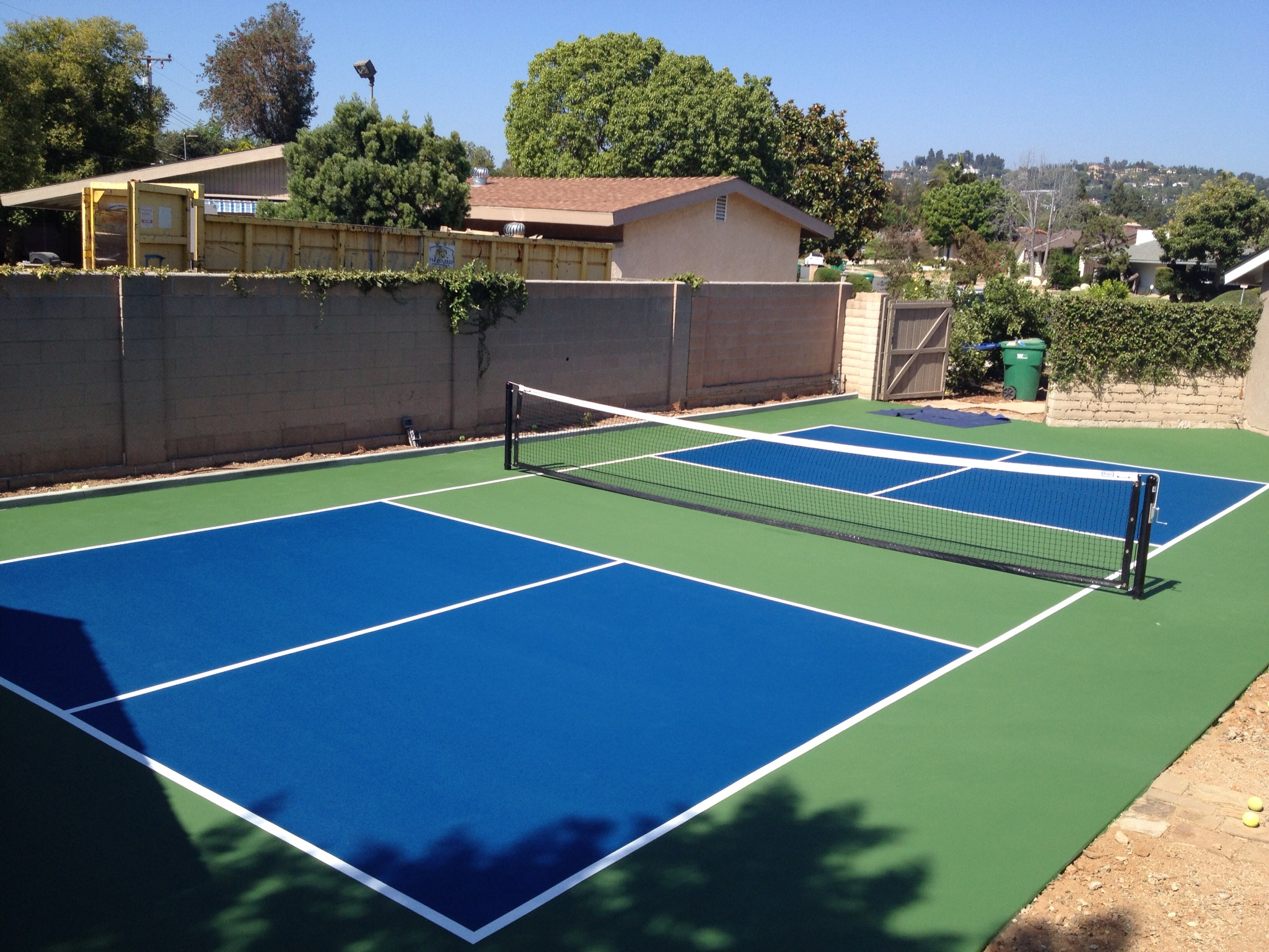 Pickleball court paint diy do it yourself coatings for Diy sport court